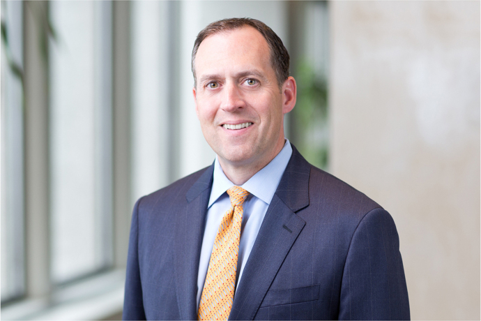 Shawn Regan Chairs Federal Bar Council Law Day Dinner Honoring